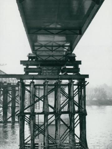 Az új tahitótfalui Tildy híd ideiglenes alátámasztása
