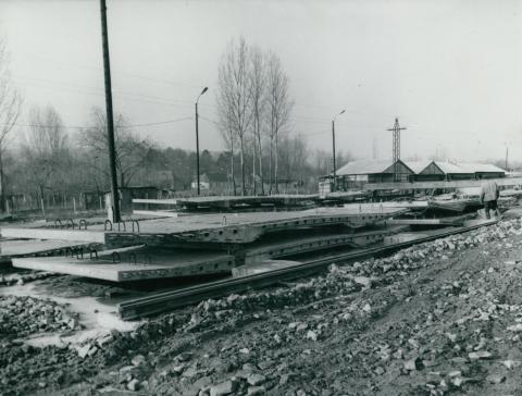 A tahitótfalui Tildy híd előregyártott vasbetonelemei