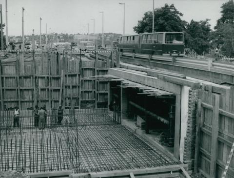A Margit híd  aluljárójának alapozása a pesti hídfőnél