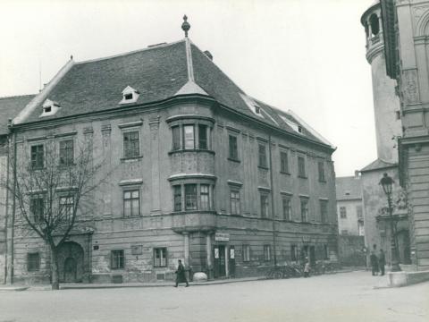 A soproni Fő téren álló Storno-ház