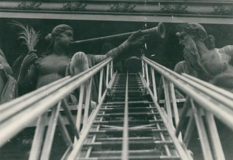 A Nemzeti Múzeum timpanondíszeinek renoválása