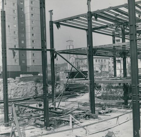 A Flórián Üzletközpont építése Óbudán