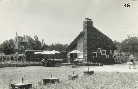 A badacsonyi Poharazó az 1960-as években