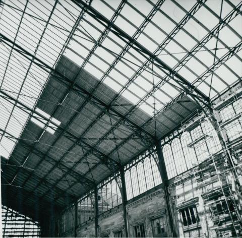 A Nyugati pályaudvar felújított tetőszerkezete