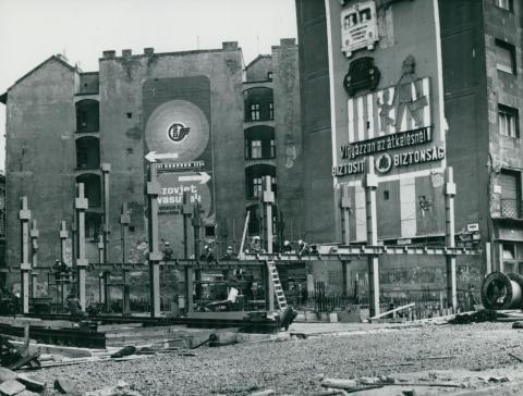 A nyugati tér rendezése