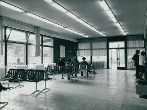 A hódmezővásárhelyi autóbuszállomás váróterme