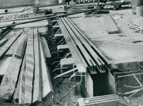 Dilatáció kialakítása a Petőfi híd tatarozásakor