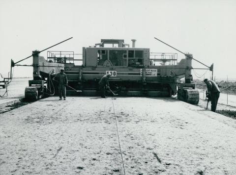 Ferihegyi leszállópálya építése
