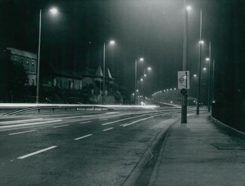 Az M1-es és M7-es autópálya bevezető szakaszának világítása az Osztapenkónál