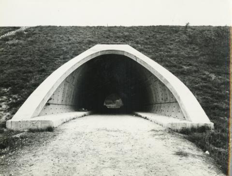 Az M1-es autópálya Bicskétől Tatabányáig tartó szakaszának hídjai