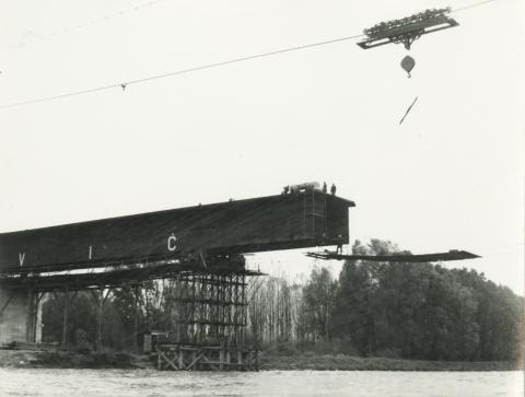 Drávaszabolcsi híd építése