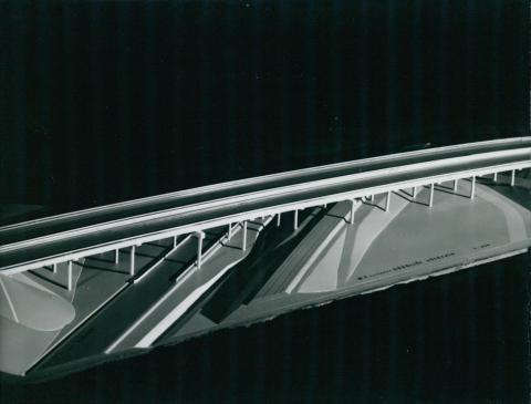 Az M3-as autópálya gödöllői völgyhídjának modellje