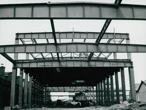 Az IKARUS gyár készülő csarnoka