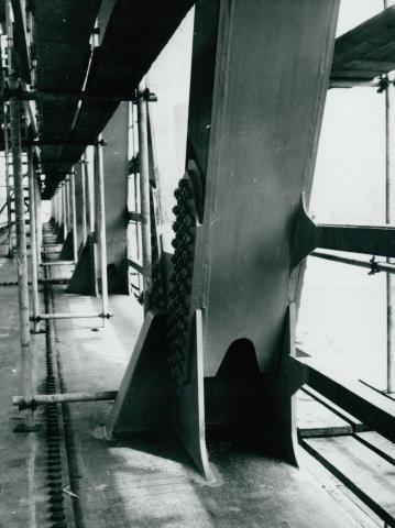 Az algyői vasúti híd új ártéri főtartójának csomólemeze