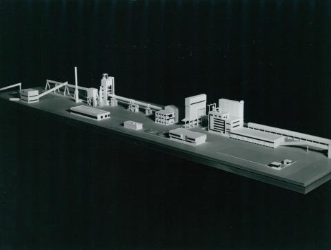 A saidai mészmű ipari létesítményének makettje