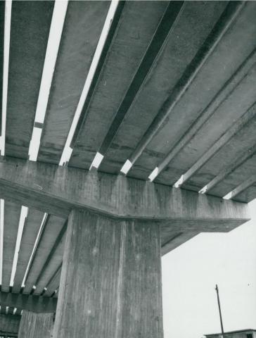 Az épülő M3-as autópálya felüljárója