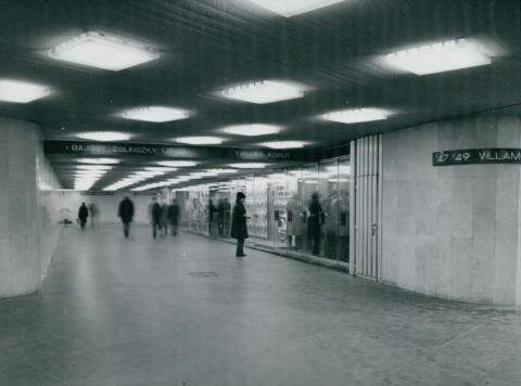 A Deák téri metró aluljárója