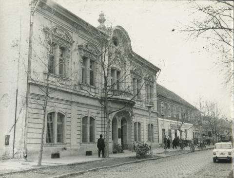 Kiskunfélegyháza, Petőfi tér