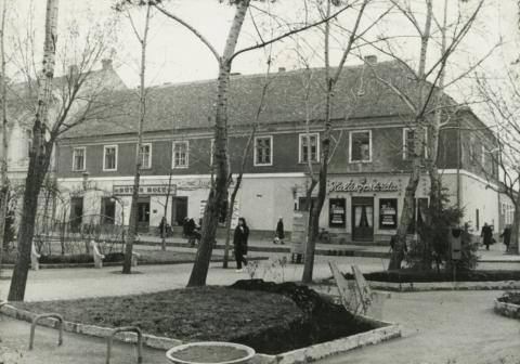 Kiskunfélegyháza, Kisvárosháza (Görögház)
