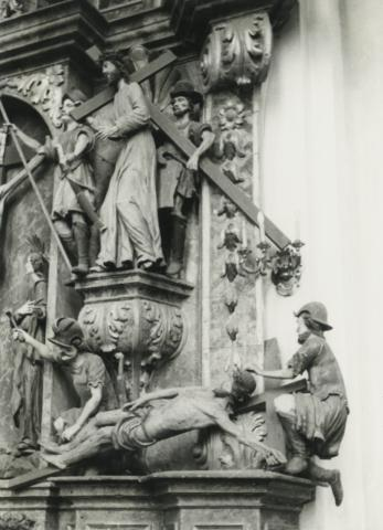 Oltár a nyírbátori római katolikus templomból