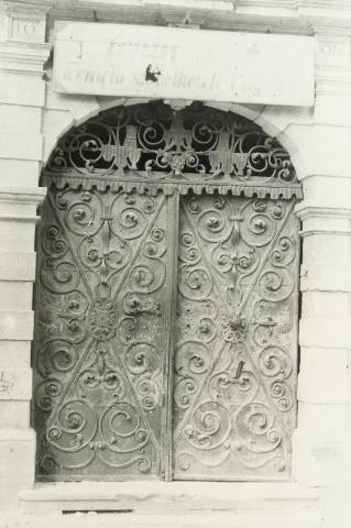 Bük, volt Szapáry-kastély kapuja