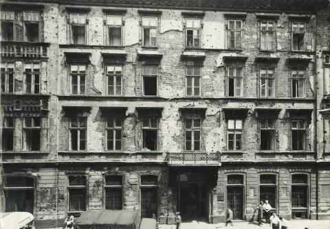Budapest V. kerület, Sas (egykori Guszev) utca 3. számú épület utcai homlokzata