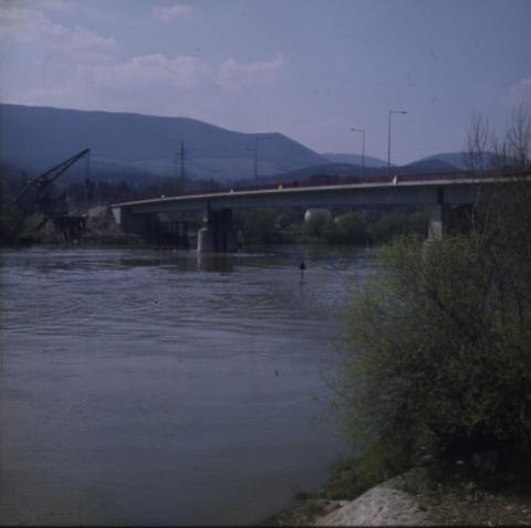 A tahitótfalui Tildy híd