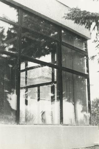 Az egykori Solymosy-villa toldaléképületének szalagablaka