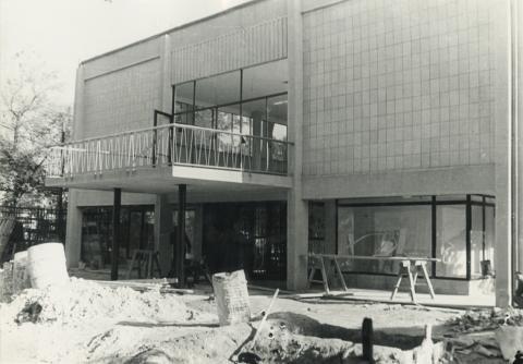 A fonyódi Balaton Áruház építése