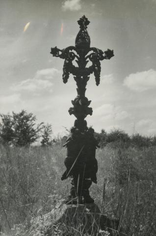Öntött vas síremlék az evangélikus temetőből