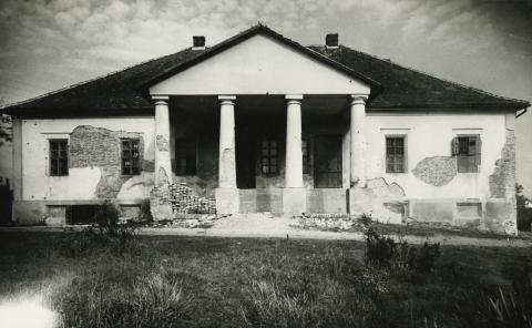 Az abonyi Györe kúria főhomlokzata