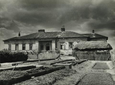 Az abonyi Keglevich-kúria főhomlokzata