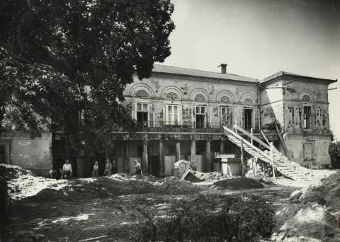 Gyöngyös, az egykori Orczy-kastély kerti homlokzata