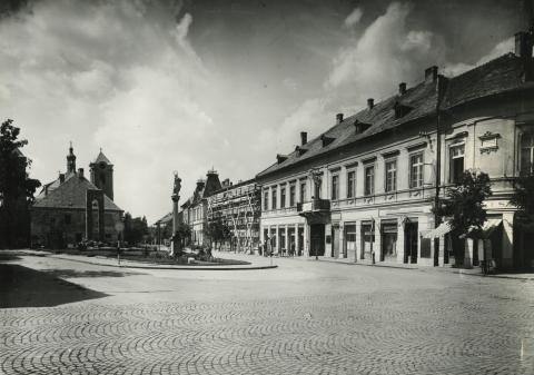Gyöngyös, egykori Lenin utca látképe a tanácsháztól