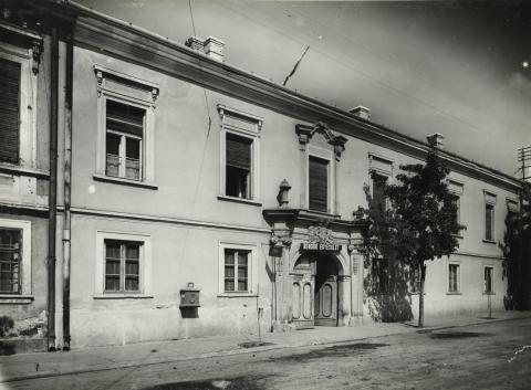 Gyöngyös, Petőfi Sándor utca 32. számú épület