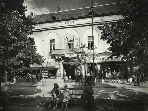 Gyöngyös, egykori Sztálin tér 8.