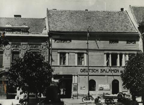 Gyöngyös, egykori  Sztálin tér 11.
