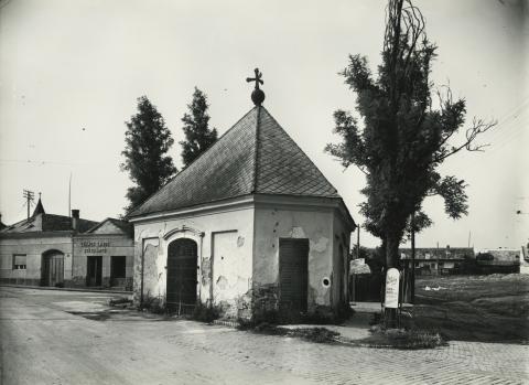 Gyöngyös, Nepomuki Szent János-kápolna
