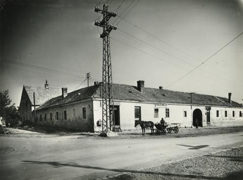 Gyöngyös, Vörös Hadsereg (ma Pesti út) utca 2.