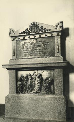 Polimberger síremlék a bajai plébániatemplomban