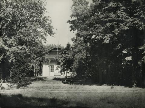 A nagykőrösi Cifrakertben álló ún. Svájci Ház