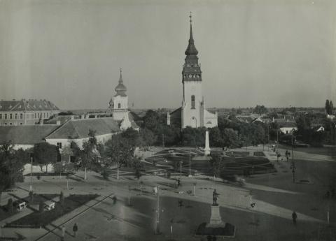 A nagykőrösi református templom és a tanácsház