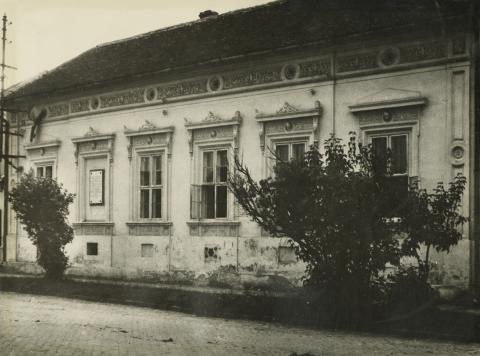 Nagykőrös, Szolnoki út 5. számú épület