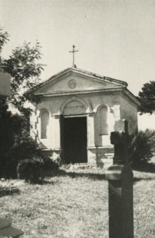A Kövess-család sírkápolnája Felsőörsön