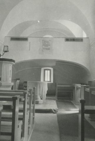 A balatonszőlősi református templom belső tere