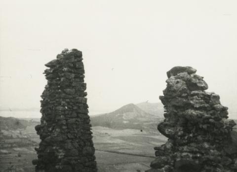 A csobánci vár romja