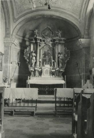 A diszeli római katolikus templom oltára