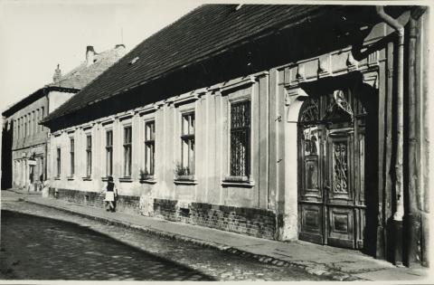 A szegedi Apponyi Albert (ma Oskola) utca 8. számú lakóház