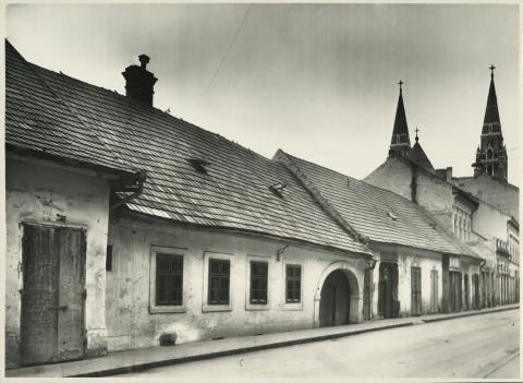 A szegedi Apponyi Albert (ma Oskola) utca 12-14.