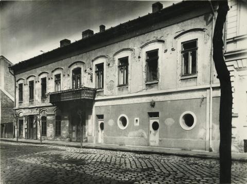 A szegedi Hajnóczy utca 1.
